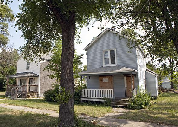 Harvey, Illinois: Foreclosed homes, 2013.