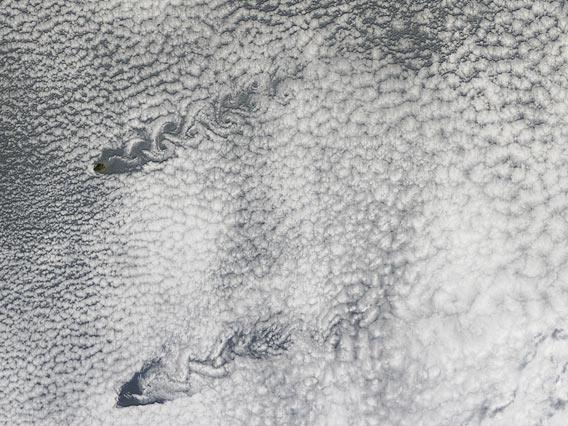 vortices flow off of Pacific islands
