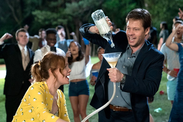 Leslie Mann and Ike Barinholtz in Blockers.