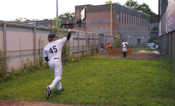 Anthony Pluta warms up in the Newark Bears' bullpen.