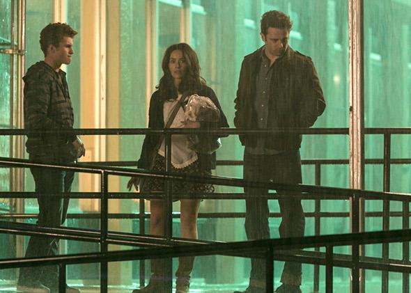 Jake Austin Walker as Jared, Abigail Spencer as Amantha, and Luke Kirby as Jon in Rectify Season 2.