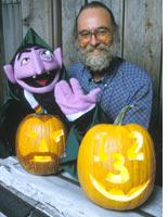 Puppeteer Jerry Nelson, the man behind Sesame Street's Count. Click image to expand.