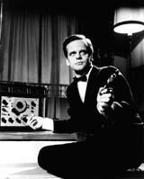 Kinski with gun