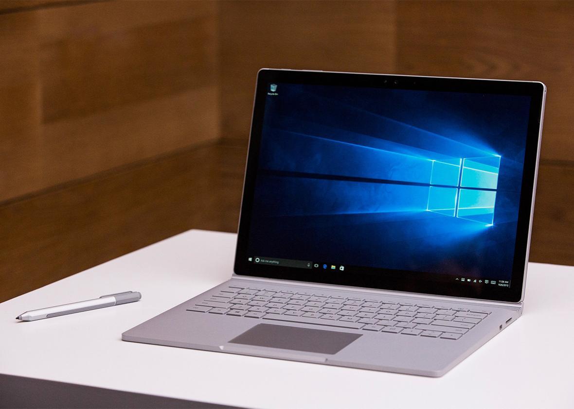 microsoft holds a copy of windows 10 users drive encryption keys