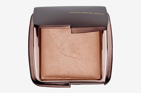This Setting Powder Makes Me As Smooth and Glowy As a Pearl