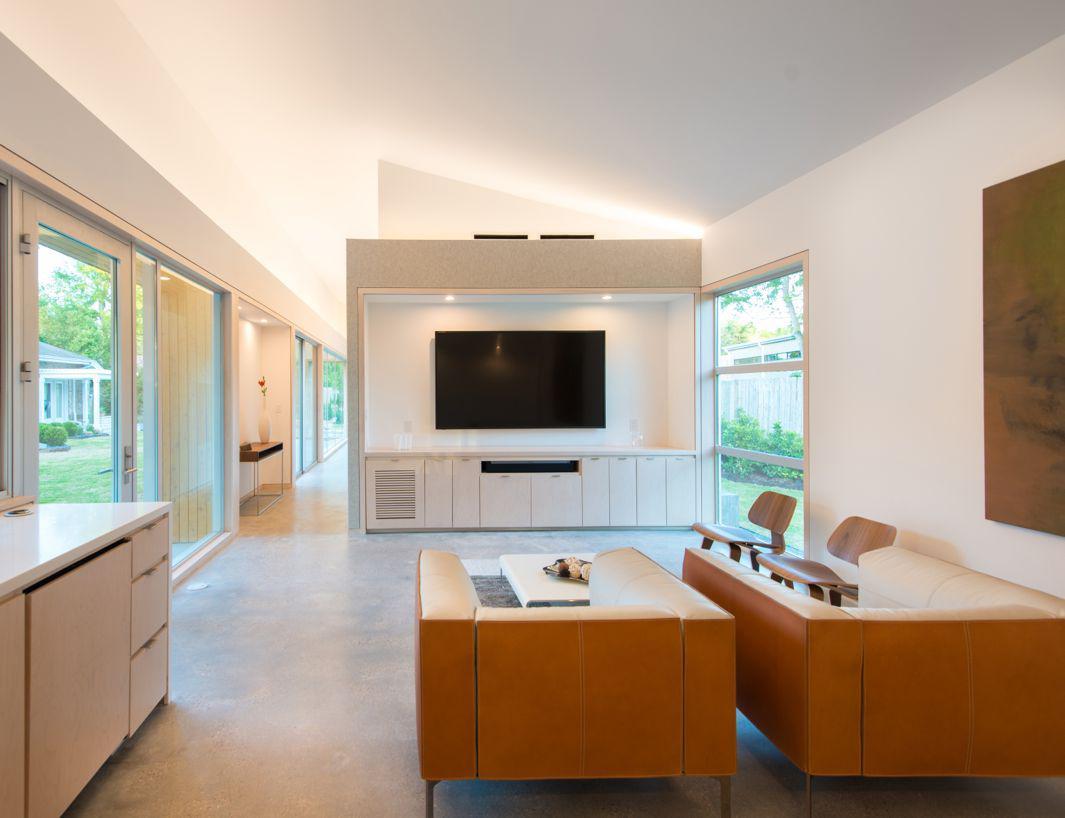 19.04 Nested House-living room looking east towards felt clad wall