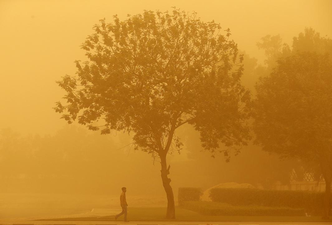 Dubai Sandstorm, April 2015