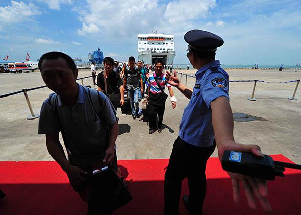 rioters protesting against a Chinese oil rig which has been erected in an area the of South China Sea which they believe to be Vietnamese territory.