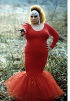 Divine: Queen of filth in Pink Flamingos