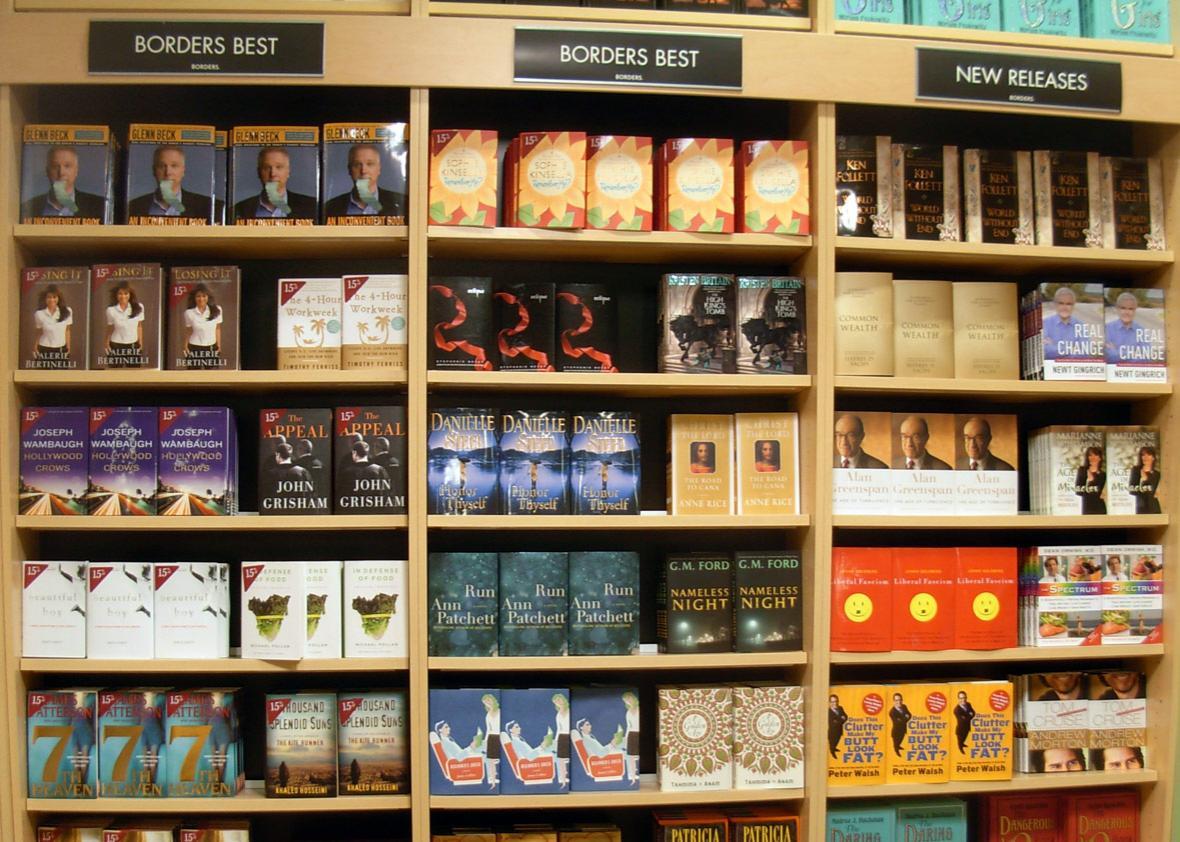 Popular Hardbacks - Borders Bookstore at SeaTac airport