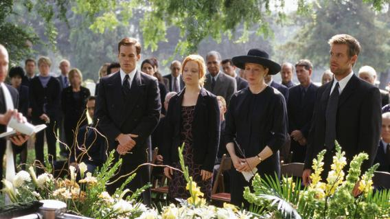 In The First Episode Of Six Feet Under The Fishers Bury The Family Patriarch Its A Good Pilot But Its Not The Gateway Episode
