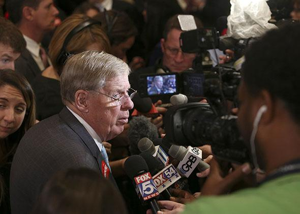 Sen. Johnny Isakson speaks with members of the media on Nov. 4, 2014, in Atlanta