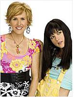 Molly Shannon and Selma Blair in Kath & Kim. Click image to expand.