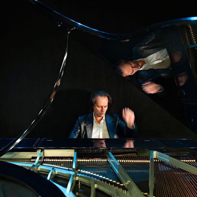 09-boganyi-piano©marjaijudit