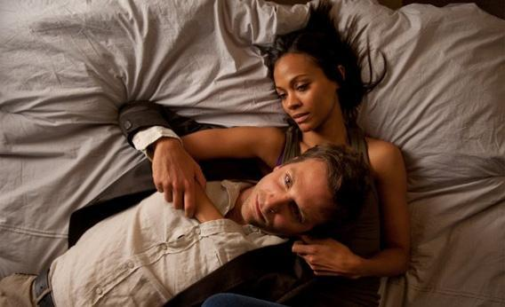 Still of Bradley Cooper and Zoe Saldana in The Words.