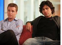 Kevin Connolly and Adrian Grenier in Entourage          Click image to expand.