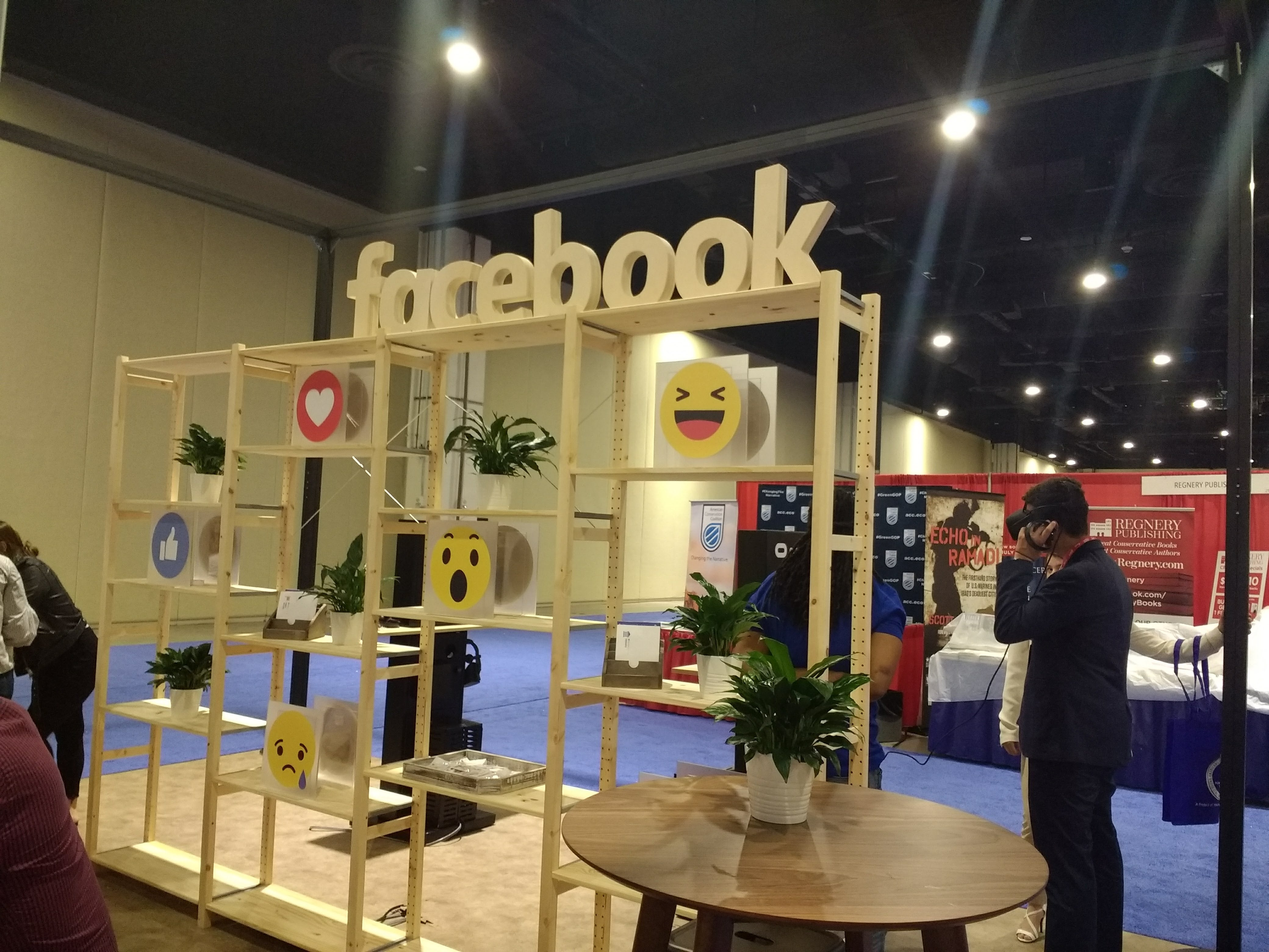 Facebook also had a table this year, at which they initially offered demonstrations of a shooting virtual reality game on the Oculus system.