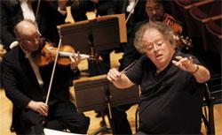 Us conductor James Levine and the Boston Symphony Orchestra. Click image to expand.
