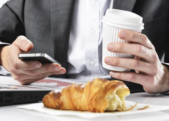 iPhone and croissant