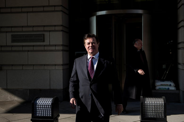 Former Trump campaign chairman Paul Manafort leaves Federal Court on December 11, 2017 in Washington, DC. In October, Trump's one-time campaign chairman Paul Manafort and his deputy Rick Gates were arrested on money laundering and tax-related charges. / AFP PHOTO / Brendan Smialowski        (Photo credit should read BRENDAN SMIALOWSKI/AFP/Getty Images)
