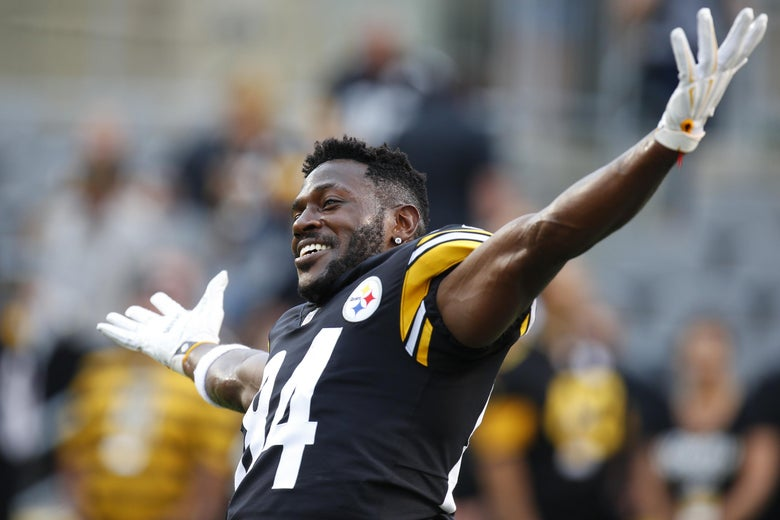 PITTSBURGH, PA - AUGUST 30:  Antonio Brown #84 of the Pittsburgh Steelers jokes around before a preseason game against the Carolina Panthers on August 30, 2018 at Heinz Field in Pittsburgh, Pennsylvania.  (Photo by Justin K. Aller/Getty Images)