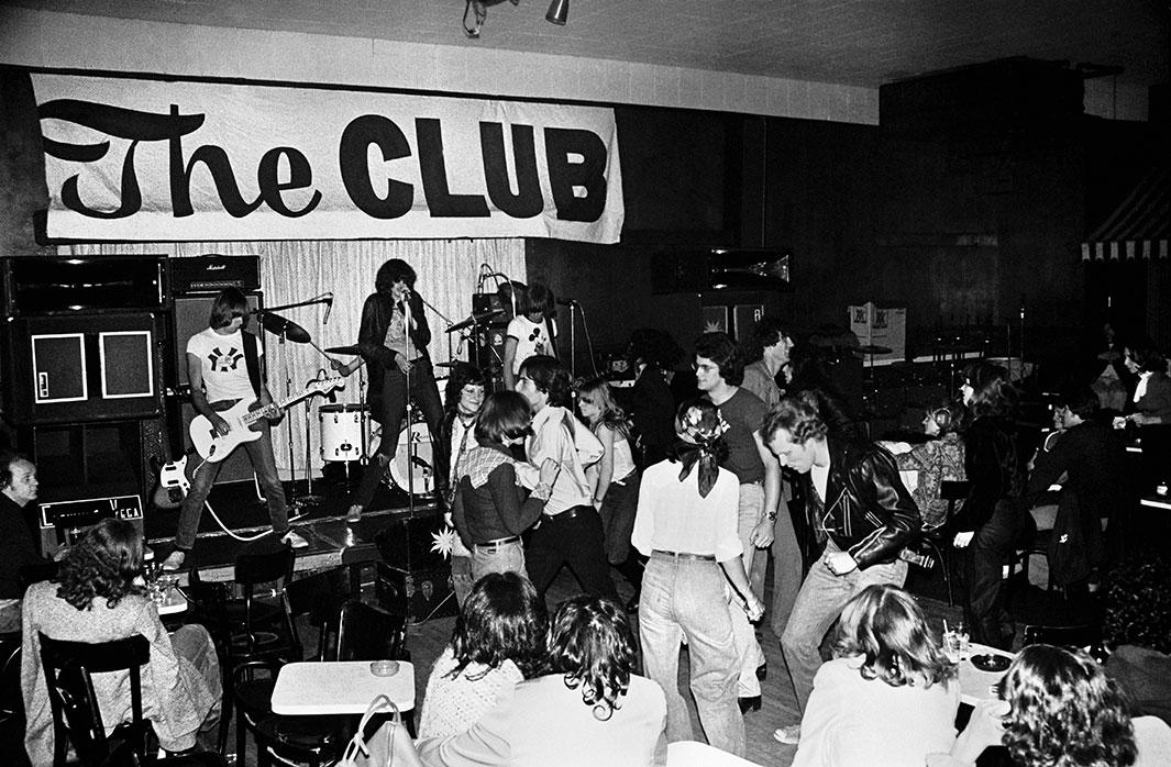 Photo: Danny Fields, The Club, Cambridge, Massachusetts, May 20-22, 1976, source: slate.com