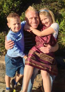 Stefan Veldhuis and his children.