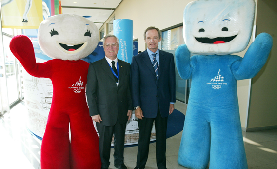 Neve and Gliz, the official mascots of the 2006 Turin Olympic Games, pose with President of Toroc Valentino Castellani (2nd L) and Jean Claud Killy (2nd R) February 10, 2005 in Turin, Italy.