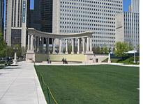 Classical peristyle in Millennium Park         Click image to enlarge.