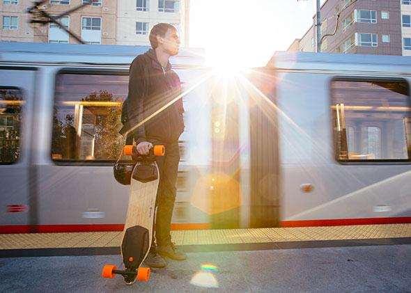 Boosted board Dual from Matthew Tran (Boosted)