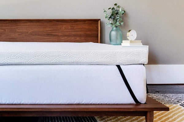 ViscoSoft 4-Inch Active Cooling Memory-Foam Mattress Topper