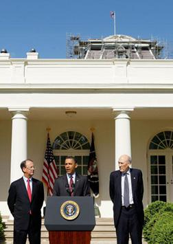 U.S. President Barack Obama (C), Erskine Bowles (L) and Alan Simpson (R). Click image to expand.
