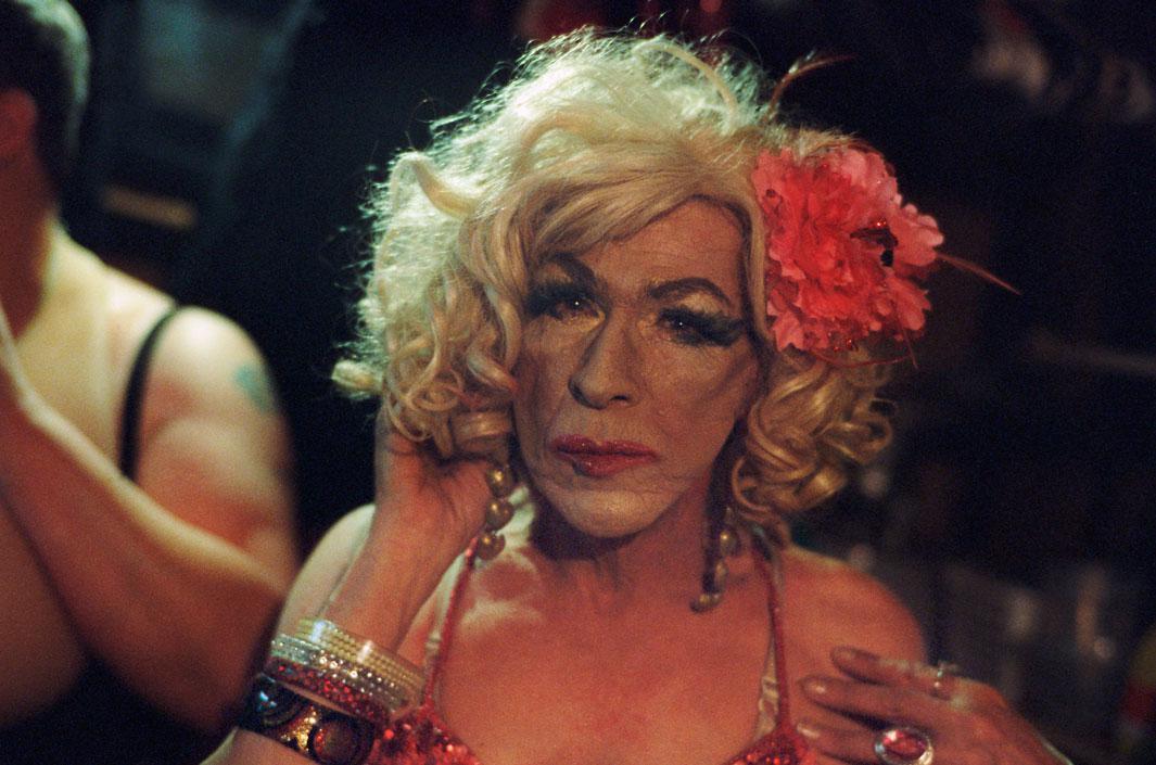 porno-samie-starie-transvestiti-konchila-ginekologa-onlayn