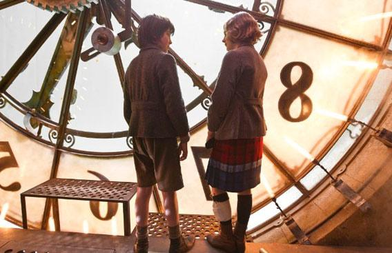 Still of Chloë Grace Moretz and Asa Butterfield in 'Hugo.'