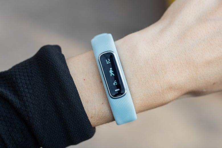 Garmin Vívosmart 4 on a wrist