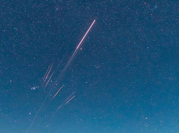 SPECTACULAR Photos of a Rocket Re-Entering Over Hawaii!