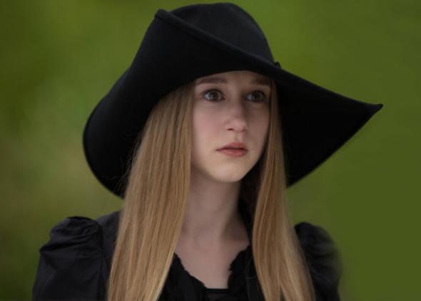 Taissa Farmiga as Zoe