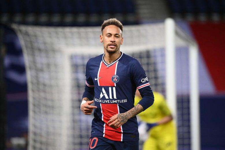 Neymar running on the field