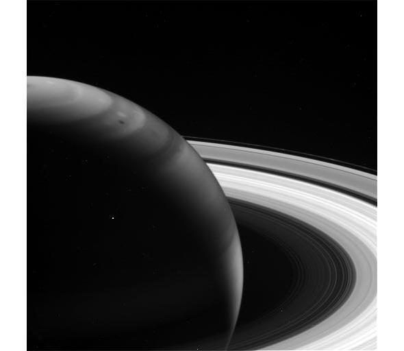 Saturn at 8.89 microns