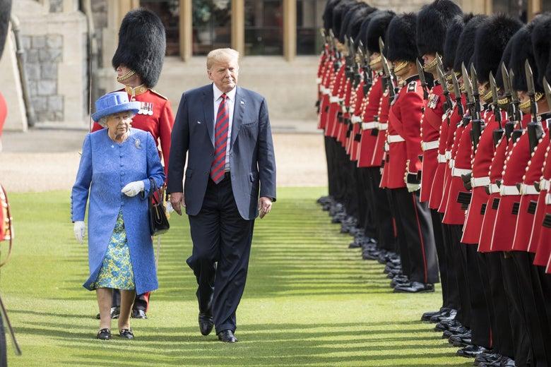 Trump Meets Queen Elizabeth Ii At Windsor Castle Briefly