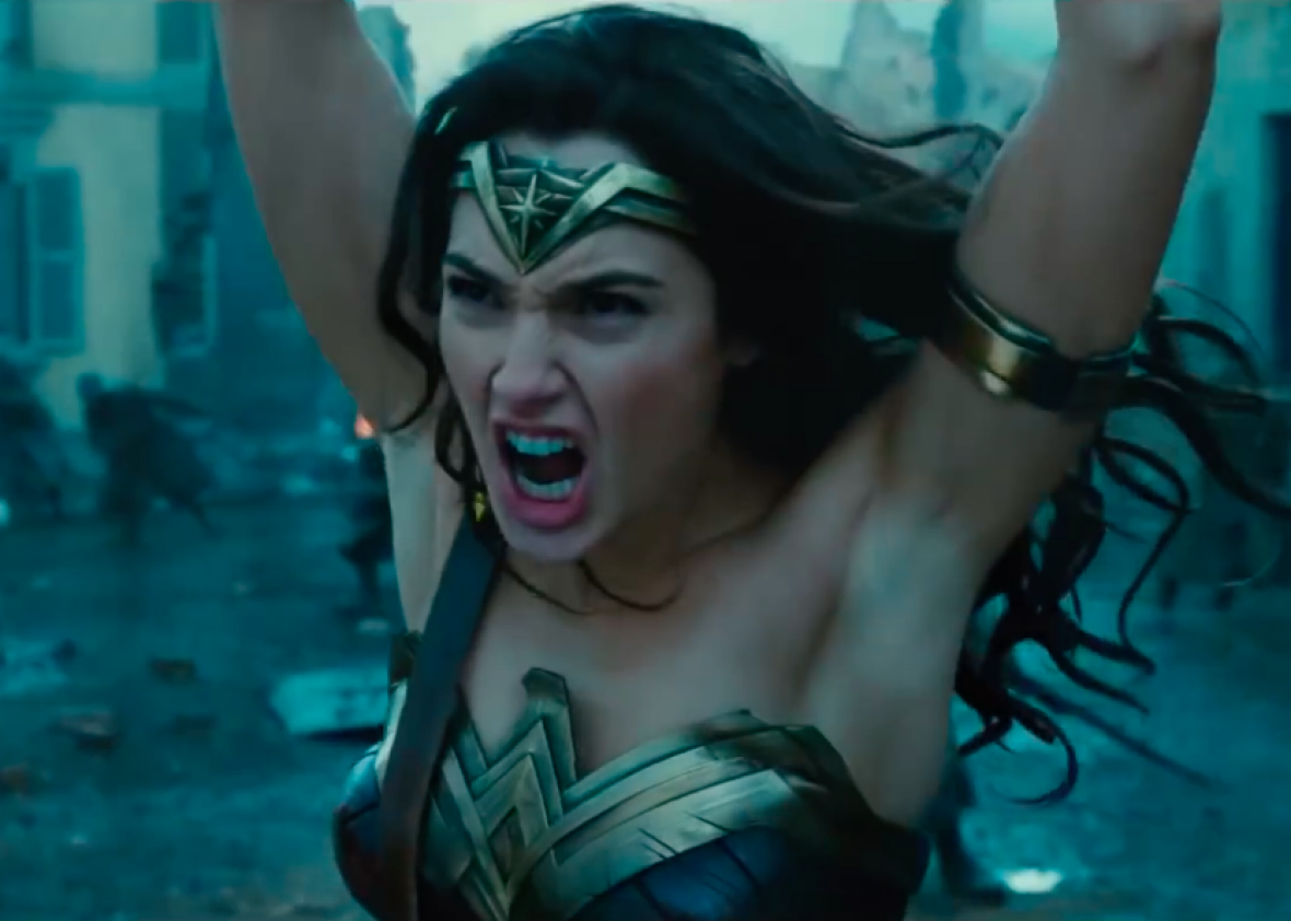 This blink-and-you-miss-it moment from Wonder Woman is going viral This blink-and-you-miss-it moment from Wonder Woman is going viral new picture
