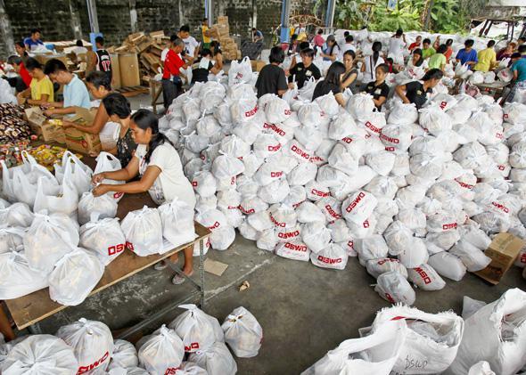 Typhoon relief effort: Manilla