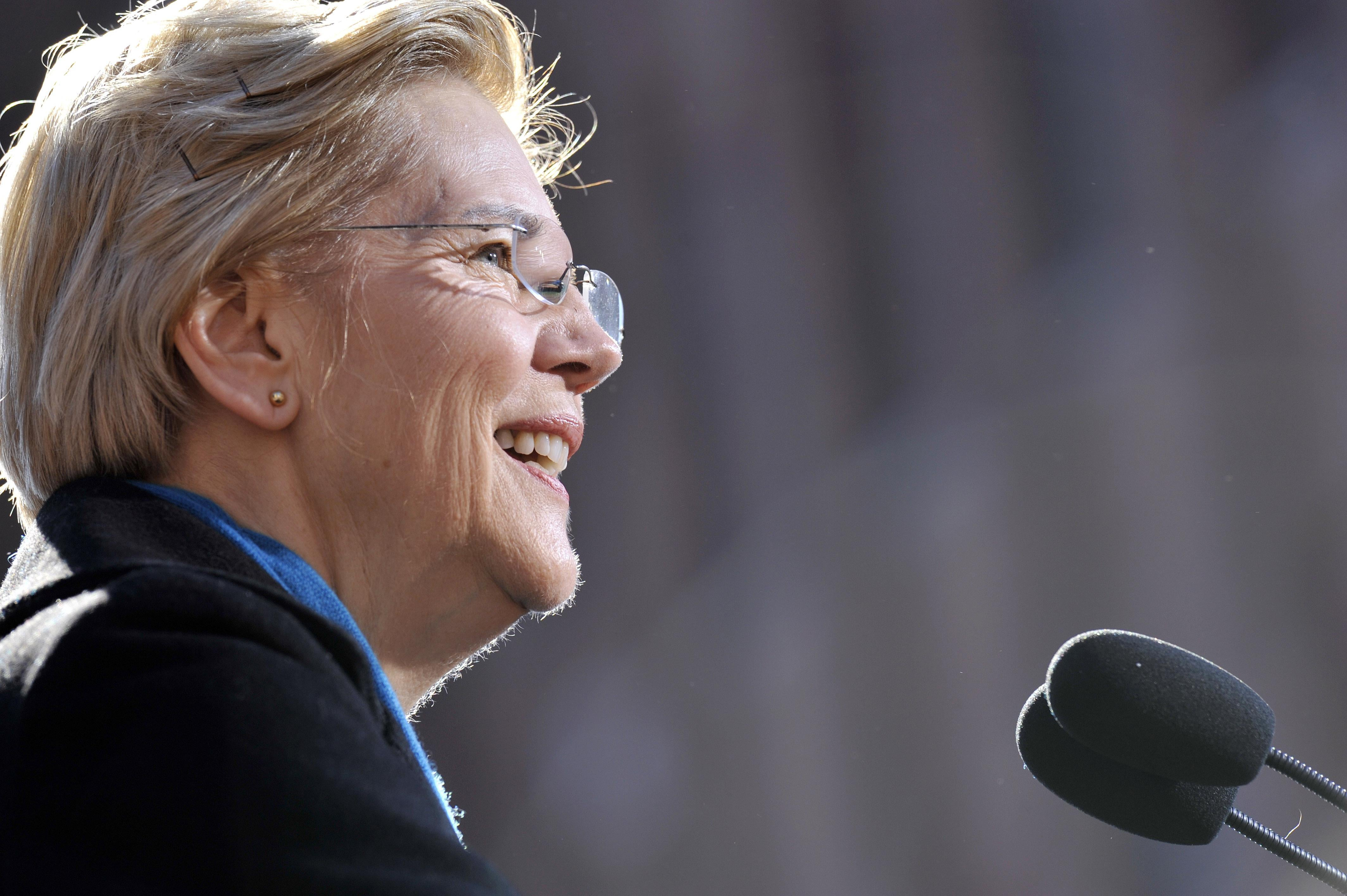 Senator Elizabeth Warren announces her candidacy for president at the Everett Mills in Lawrence, MA on February 9, 2019.