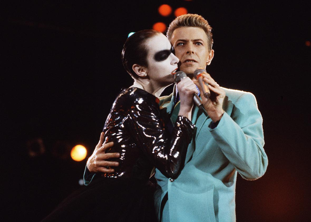 Annie Lennox and David Bowie in 1992