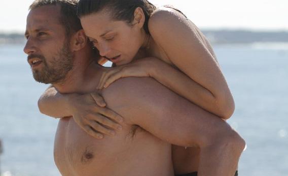 Marion Cotillard and Matthias Schoenaerts in Rust and Bone.
