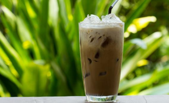 Best iced coffee recipe: cold brewing with mint is the best method.