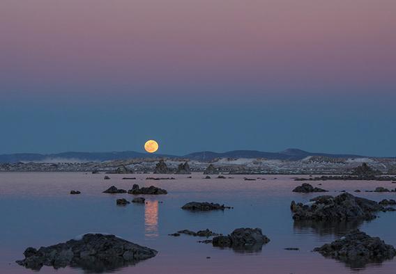 Moon rise over Mono Lake