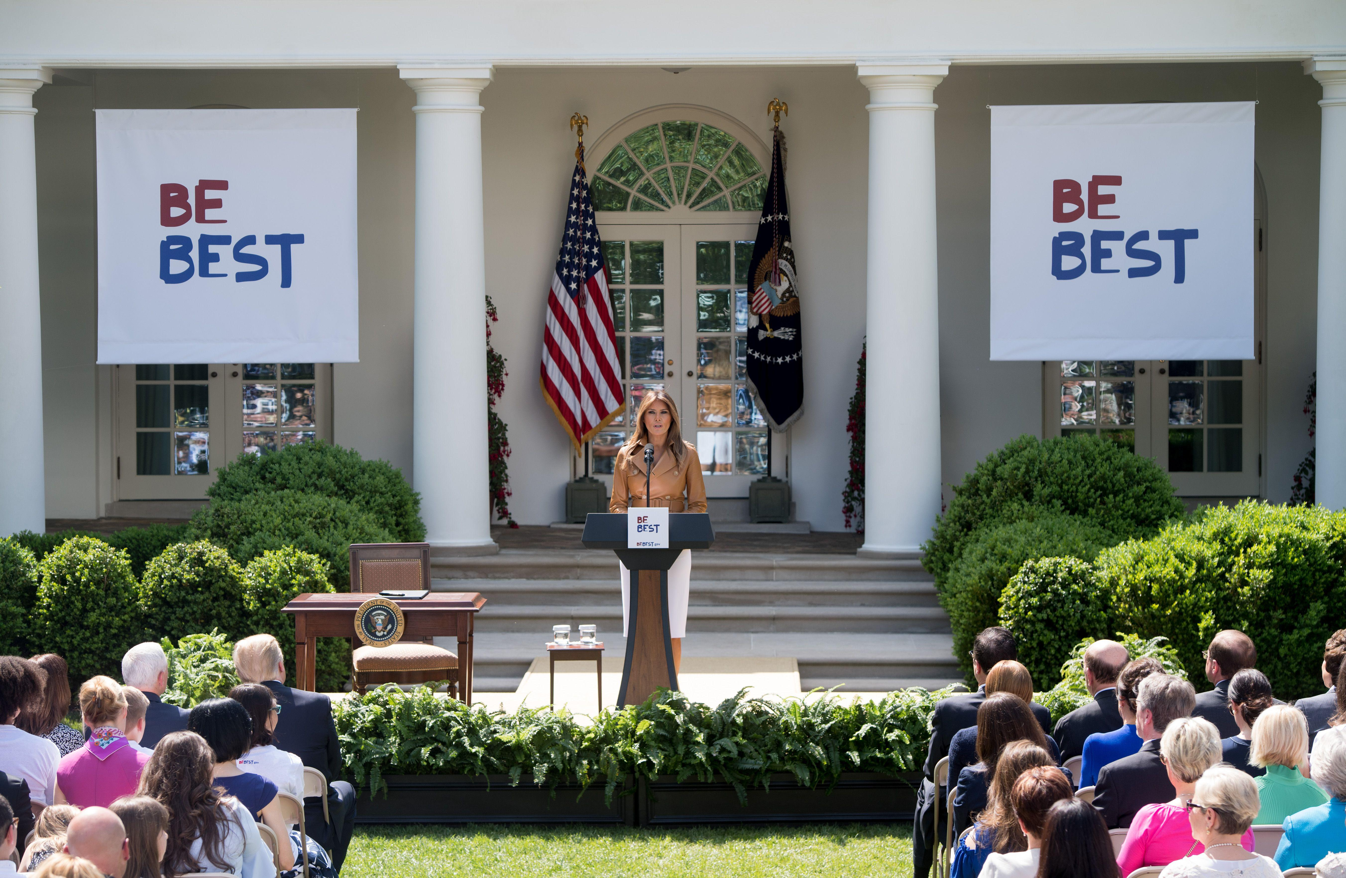 US First Lady Melania Trump announces her 'Be Best' children's initiative in the Rose Garden of the White House in Washington, DC, May 7, 2018. (Photo by SAUL LOEB / AFP)        (Photo credit should read SAUL LOEB/AFP/Getty Images)