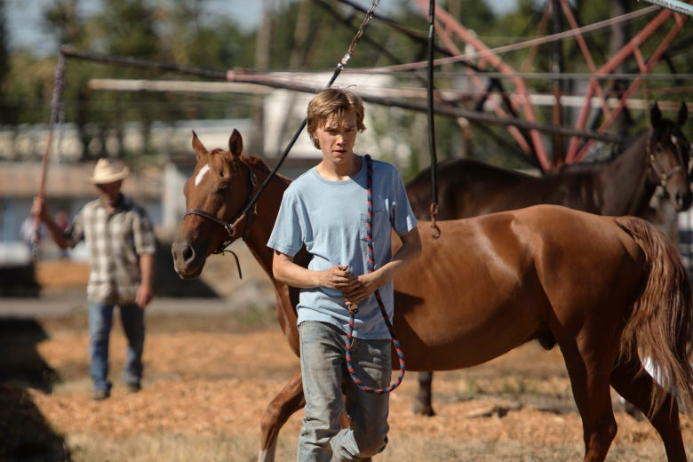 Charlie Plummer as Charley with his horse in Lean on Pete.