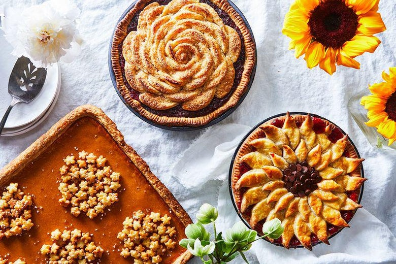 Fancy Pie Crusts Like Hydrangeas Roses And Sunflowers